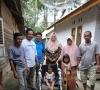 Karang Taruna Napar Serahkan Bantuan Kursi Roda, Ade Vianora : Sejalan Dengan Program Ketua LKKS Henny Riza