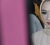 Dosen Sendratasik UIR Memberikan pelatihan Makeup di kompleks farmasi kartini