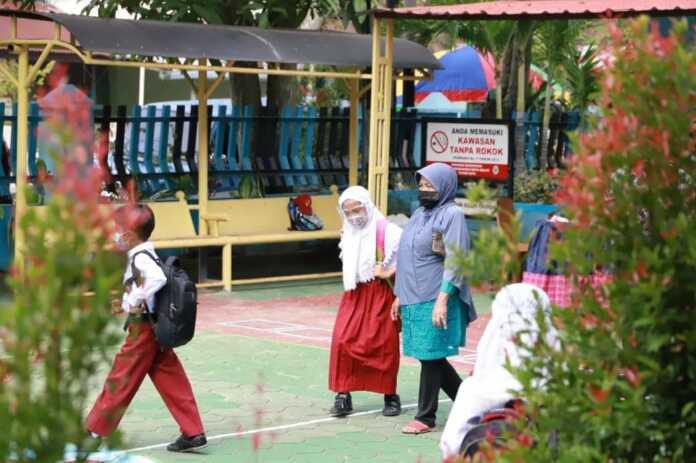 Wako: Wajib Patuhi Protokol Kesehatan, Kota Solok Mulai PBM Tatap Muka